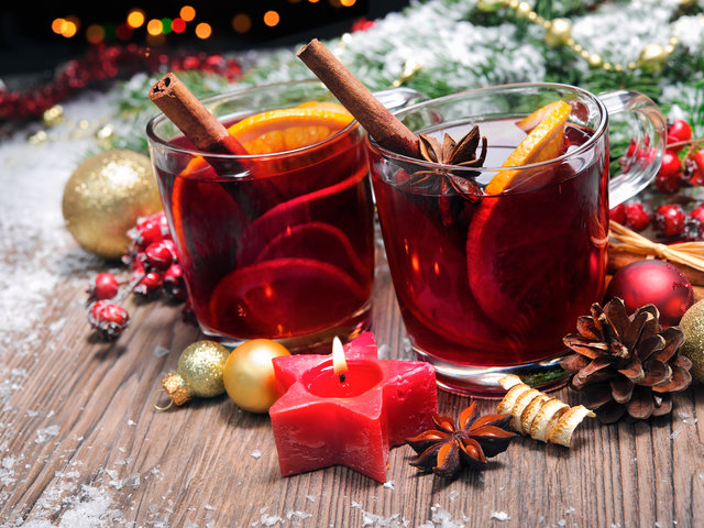 5 easy and boozy christmas cocktails from around the world will