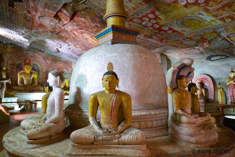SriLanka#Dumbulla#buddhas
