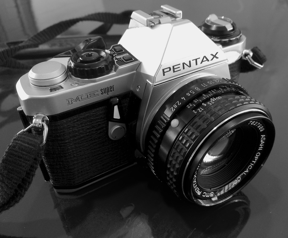 Pentax ME Super: Small Camera, Big Features!
