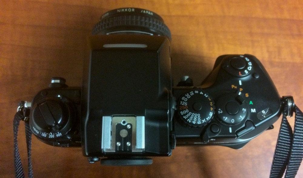 Top controls on the Nikon F4