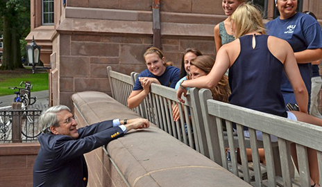 Yale College President Peter Saloveychats with students(Photo by Michael Marsland)