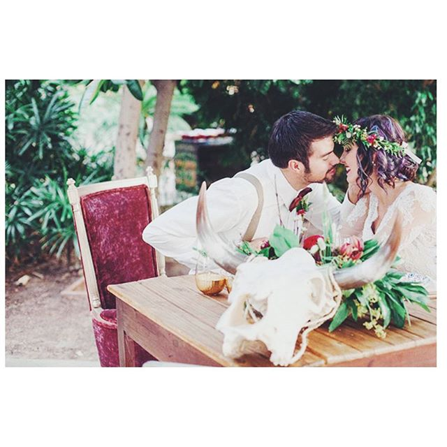 We loved seeing our earthy bohemian inspired shoot featured on @ruffledblog yesterday! #inspired #gardenromance #wedding #weddingplanner #luxuryweddingplanner #modernweddingplanner #love #hytchedweddings @aprilmaura @celebtuxntails @primrentals @daviene @shanw0w @alldoneupsalon @worldmarket @brilliantbridal @theduketruck @mygoodnesscakes