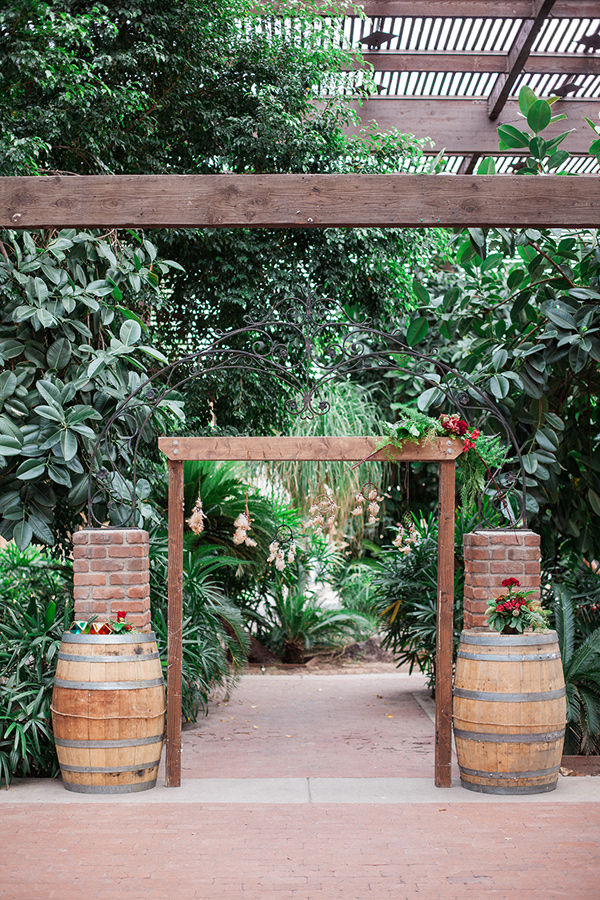 earthy-bohemian-wedding-inspiration-23.jpg