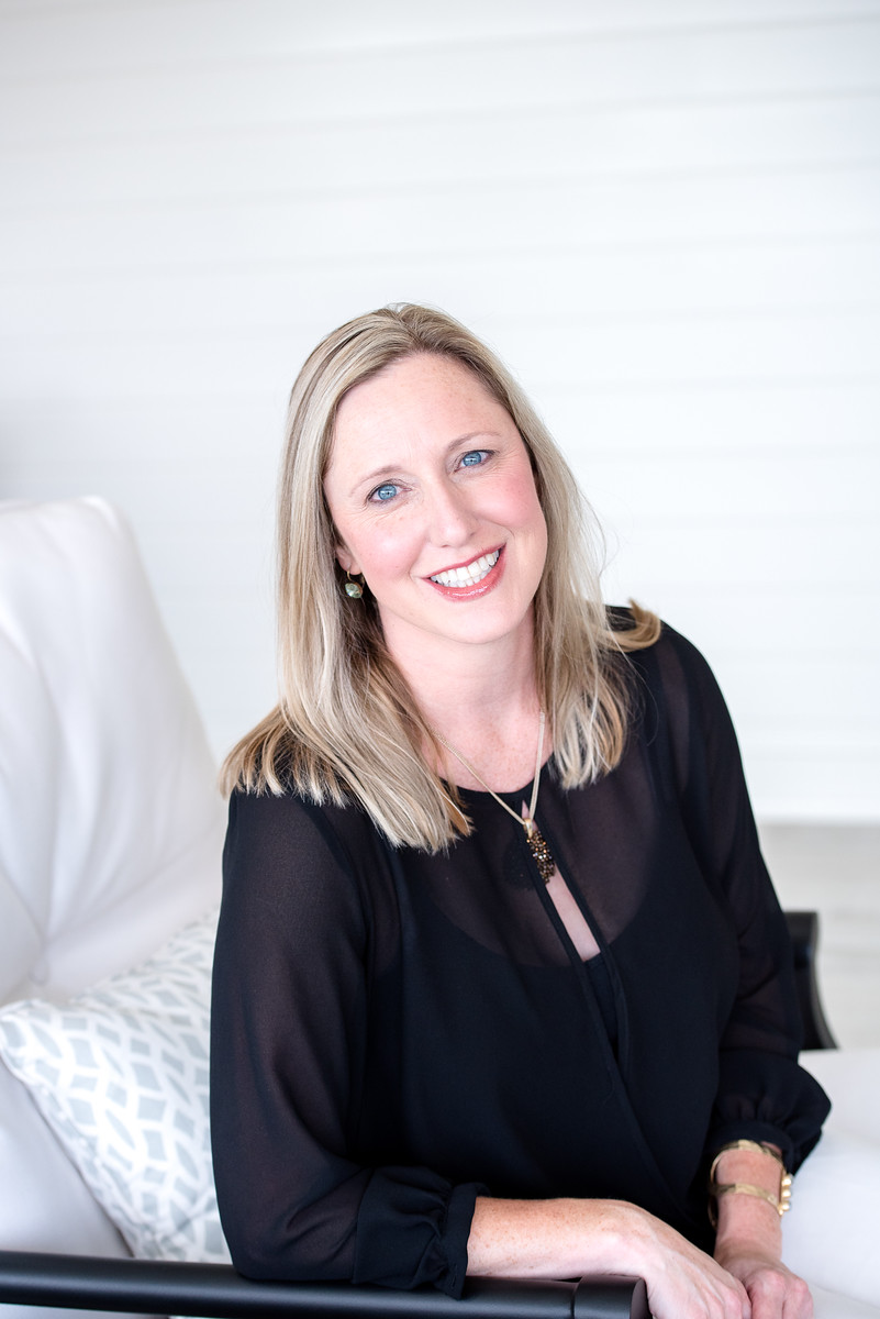 ERIN MATZEN - INTERIOR DESIGNER + SHOWROOM MANAGERIDS, NKBA