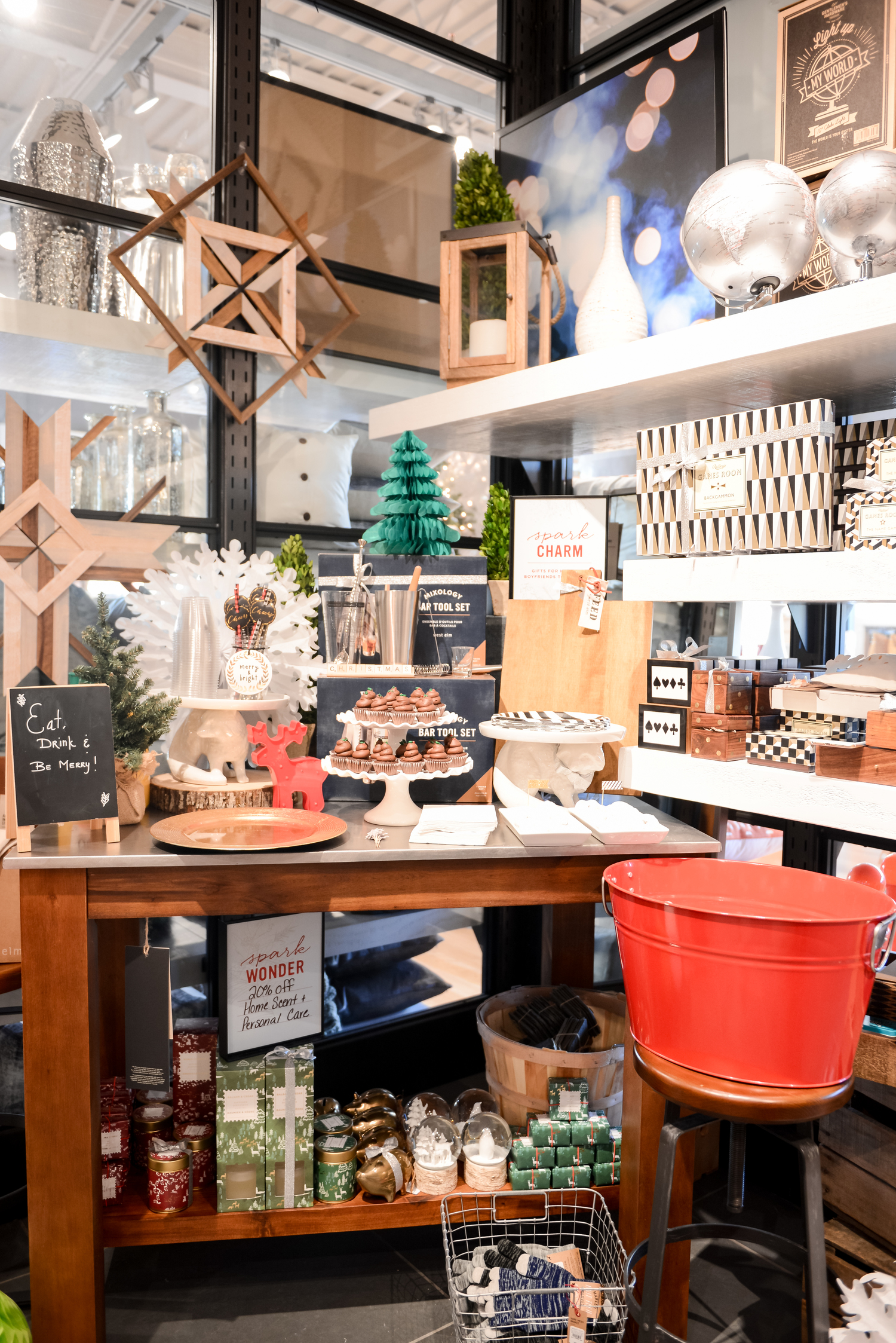 West Elm Christmas Display.Holiday Gift Wrapping Workshop With West Elm