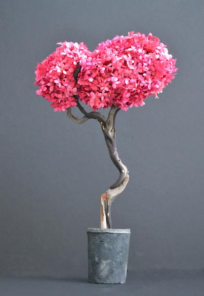 Res20-Pinkhydrangeasculpture.jpg
