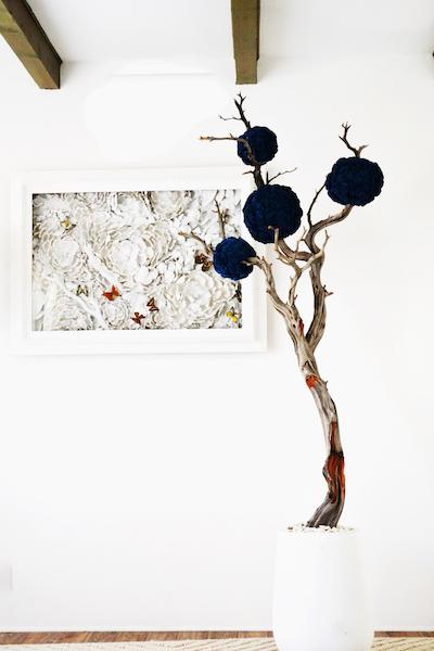 Com11a-BlueBalsaWdSculpture-fullshot-.jpg