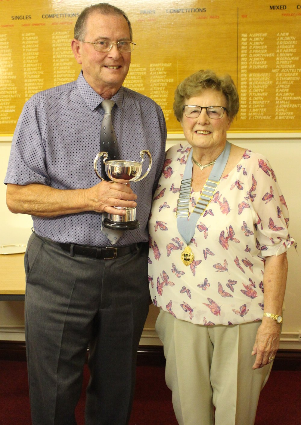 jeff perry gents champion for 2017. presented by margaret compton club president