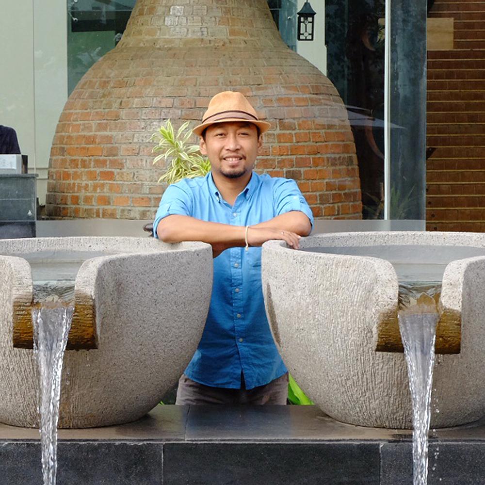 Jung Yat, a Landscape Artist of SHL Asia