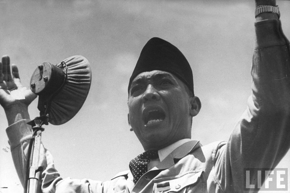Soekarno, 1st President of Indonesia Republic giving the freedom speech