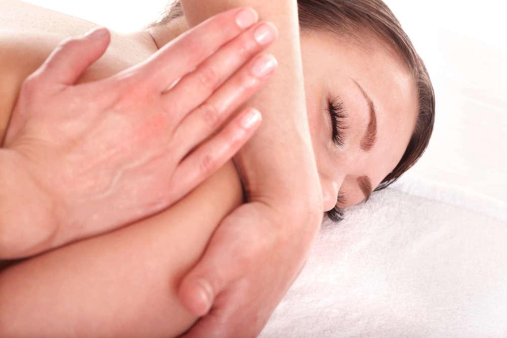 Massage  Berührung ist ein elementares Bedürfnis des Menschen