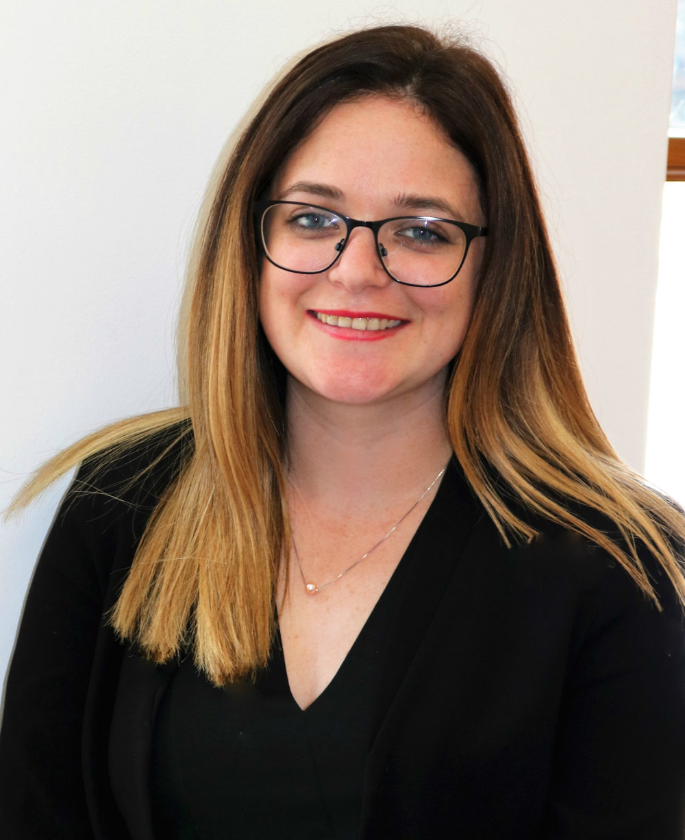 Roisin Hocking, Legal Assistant   Roisin joined Pinel Advocates from Mourant and brings employment law experience to the Local Business Team.  She also deals with corporate and commercial matters, as well as wills and probate.