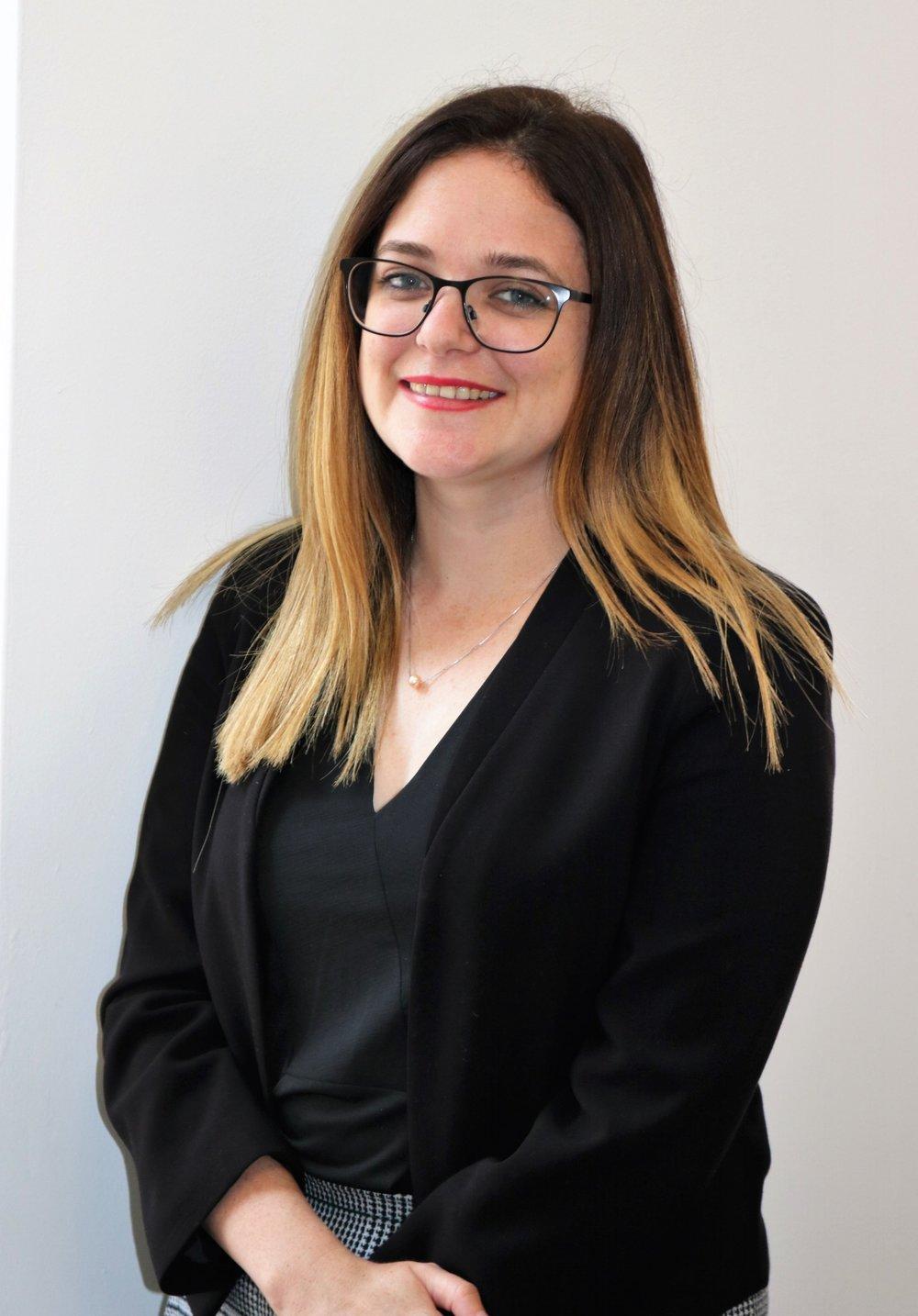 Roisin Hocking, Legal Assistant