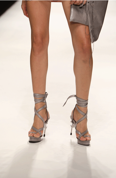 Eelko Moorer shoes for Aminaka Wilmont SS10