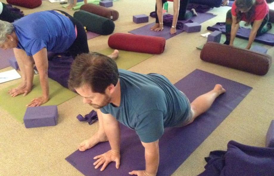 yoga-for-arthritis-yogaville.jpeg