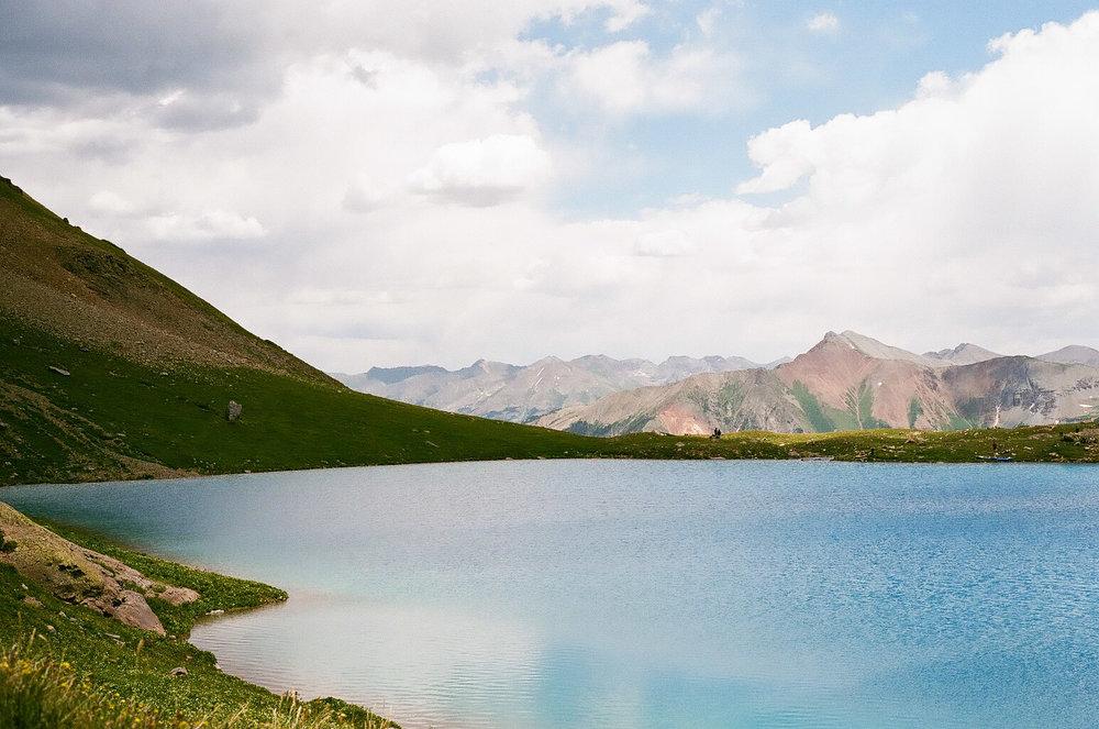 The aquamarine waters of Ice Lake