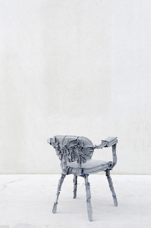 Studio-Pepe-Heykoop---Skin-Collection-grey-chair---PHOTO-BY-ANNEMARIJNEBAX.jpg