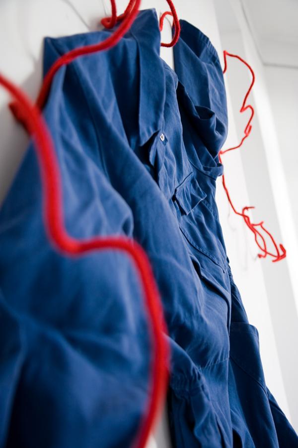 Annie-Perrin-Travailler en bleu-0138-Delphine-Perrin.jpg