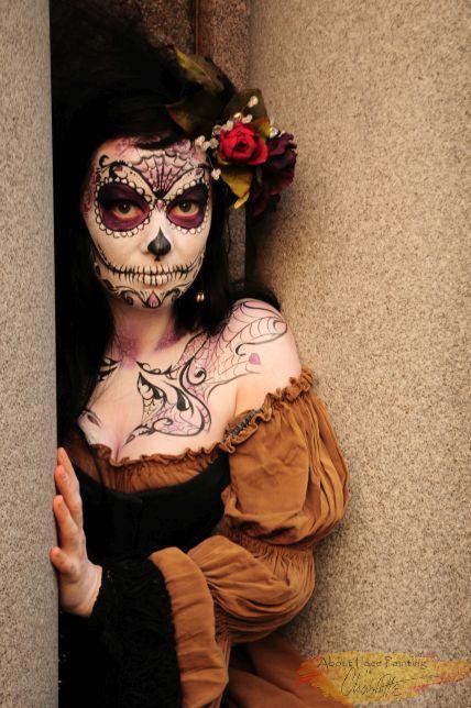 Lady Death sneaking out Dias de los Muertos