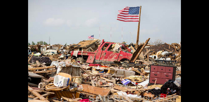 Tornado Damage, Moore, Oklahoma 2013 - BY2671 ©Julie Dermansky/Science Source