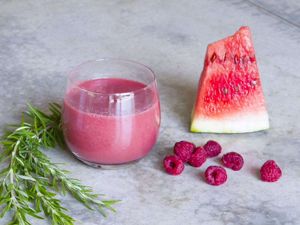 simple healthy watermelon raspberry smoothie