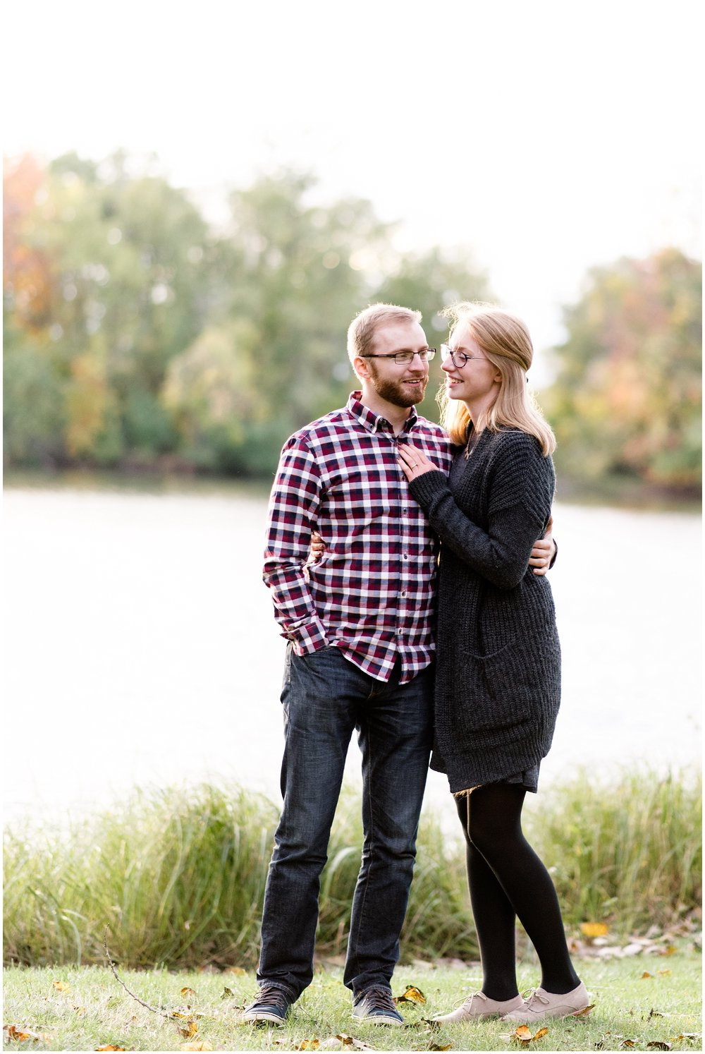 Weddings_by_Raisa_Photography_Grand_Rapids_October_Fall_Engagement_Milwaukee_Wisconsin_Photographer_0023.jpg