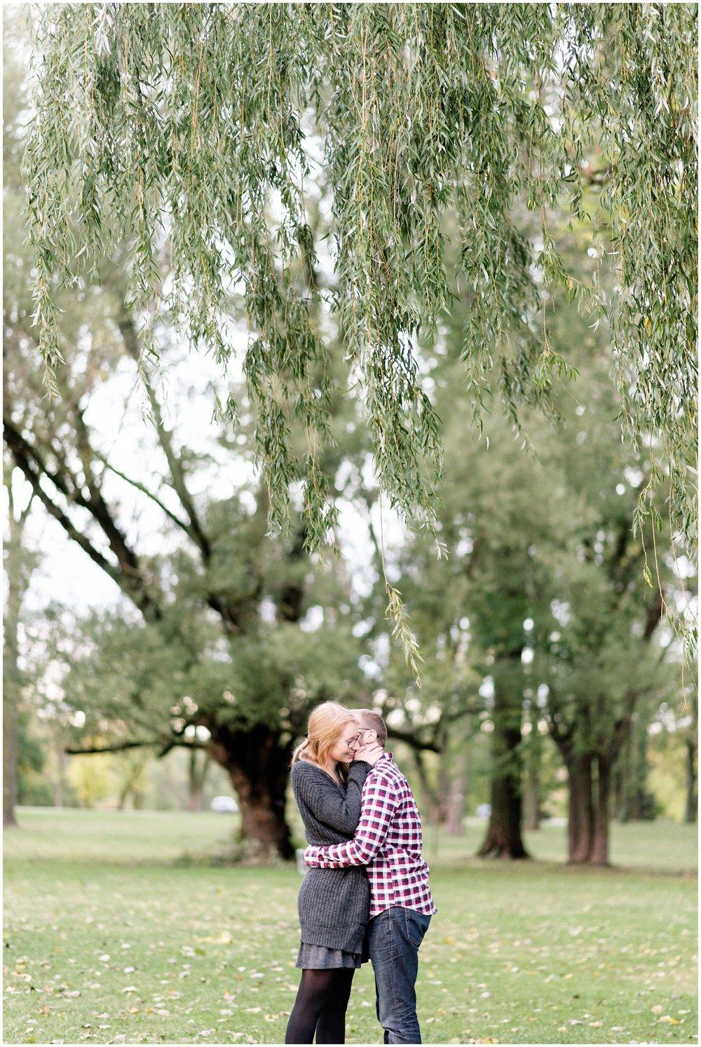 Weddings_by_Raisa_Photography_Grand_Rapids_October_Fall_Engagement_Milwaukee_Wisconsin_Photographer_0029.jpg