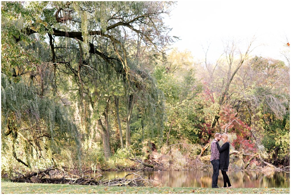 Weddings_by_Raisa_Photography_Grand_Rapids_October_Fall_Engagement_Milwaukee_Wisconsin_Photographer_0018.jpg