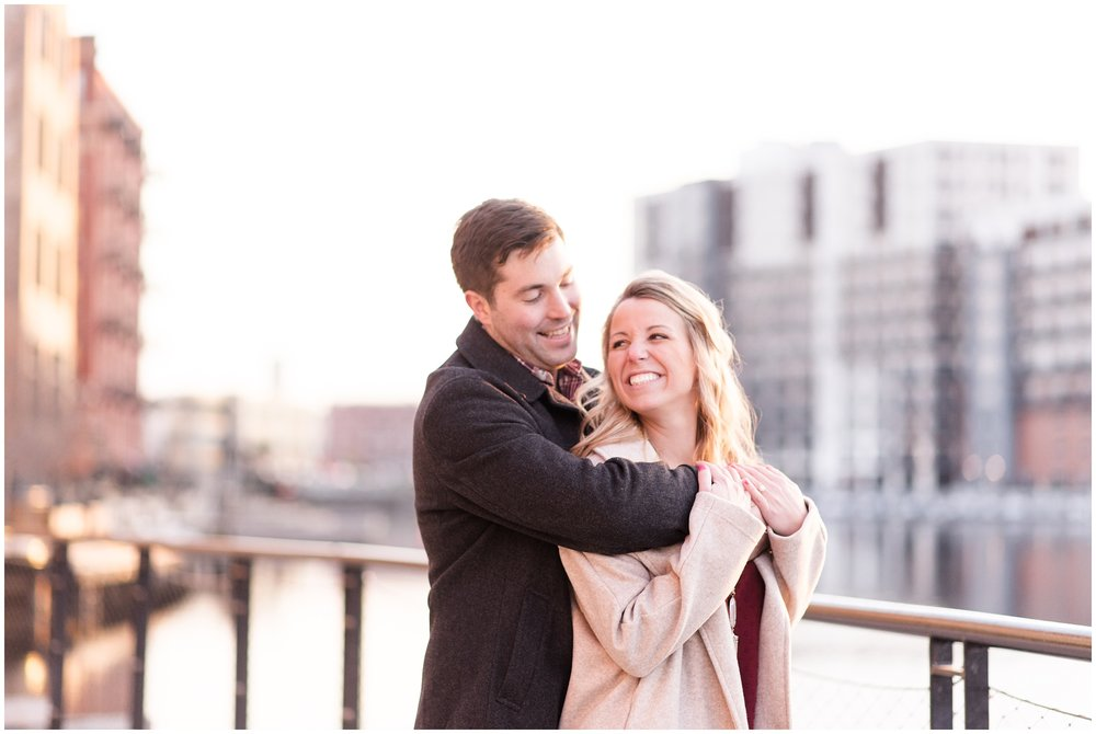 milwaukee-third-ward-riverfront-engagement-photography-session-wedding-photographer-_0024.jpg
