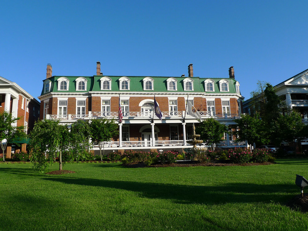 Martha Washington Inn & Spa » Abingdon, VA