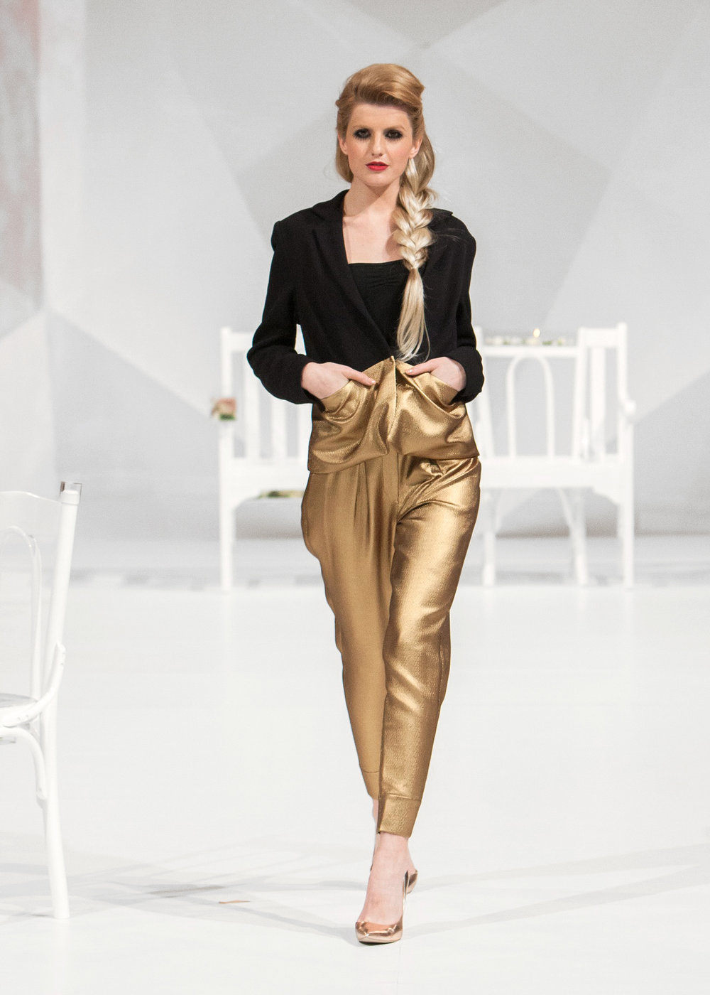 fashion-show-nyfw.jpg
