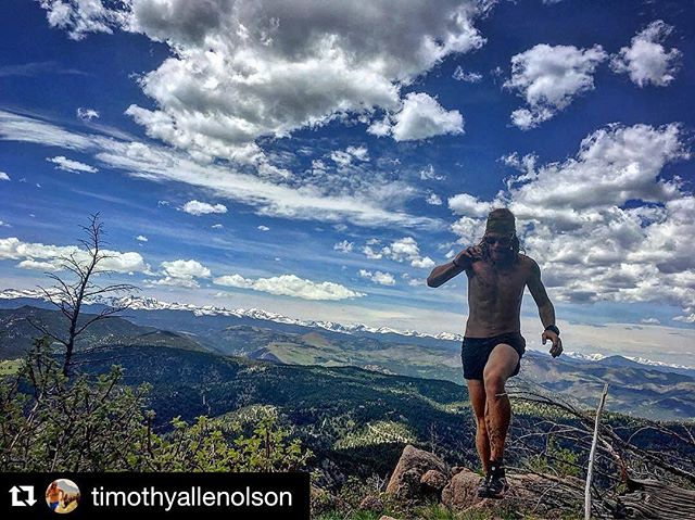 It's summer time!! Train safe!  #adventuremindful #runmindful #runheartful #runhappy #runfree #addaday & #neverstopexploring #Repost @timothyallenolson (via @repostapp)