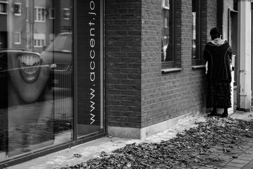 Viewfinder-straatfotografie-Boom-Rupelstreek-wachten-in-hoek
