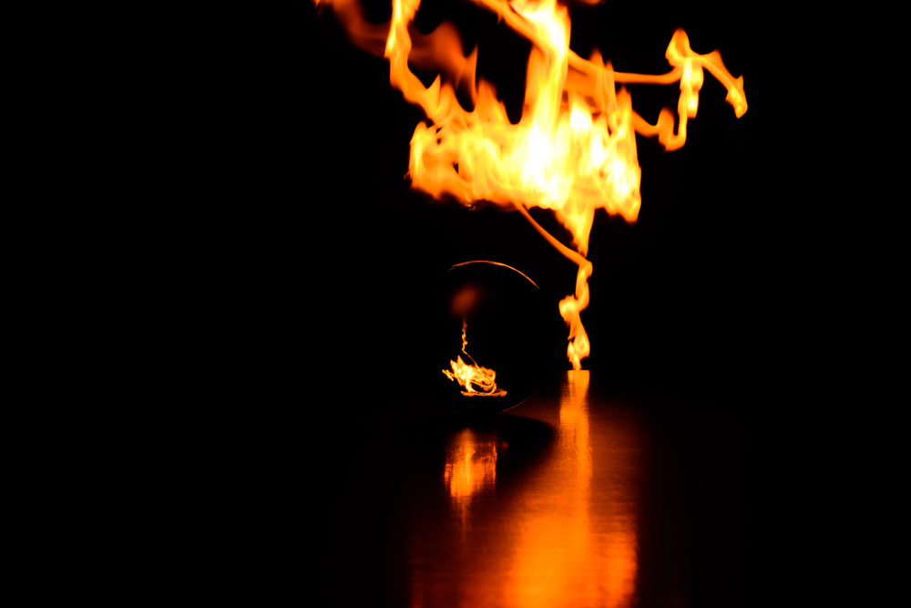 Viewfinder-spel-vuur-kristallen-bol-geheimzinnig-eigenzinnigie-fotografie-lucifers-op-stokje