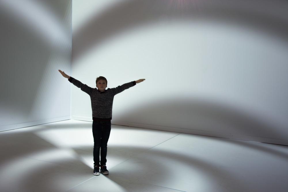Viewfinder-eigenzinnige-fotografie-Peter-Kogler-Brussel-illusie-lijnen-vormen-Rune-vrijheidsbeeld-New-York