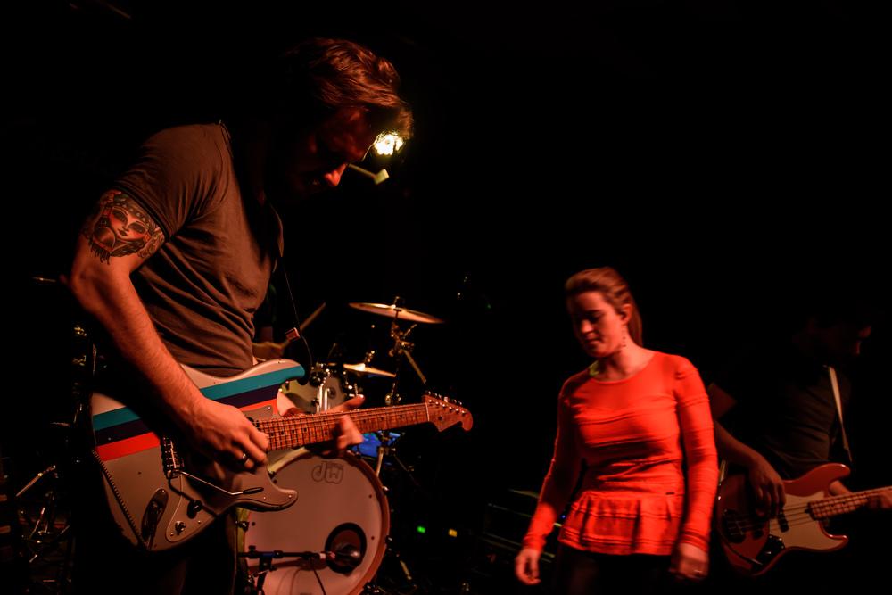 Viewfinder-Uncle-Phil-speelt-in-Charlatan-Gent-funk-disco-soul-band-Ruisbroek-allen21.jpg