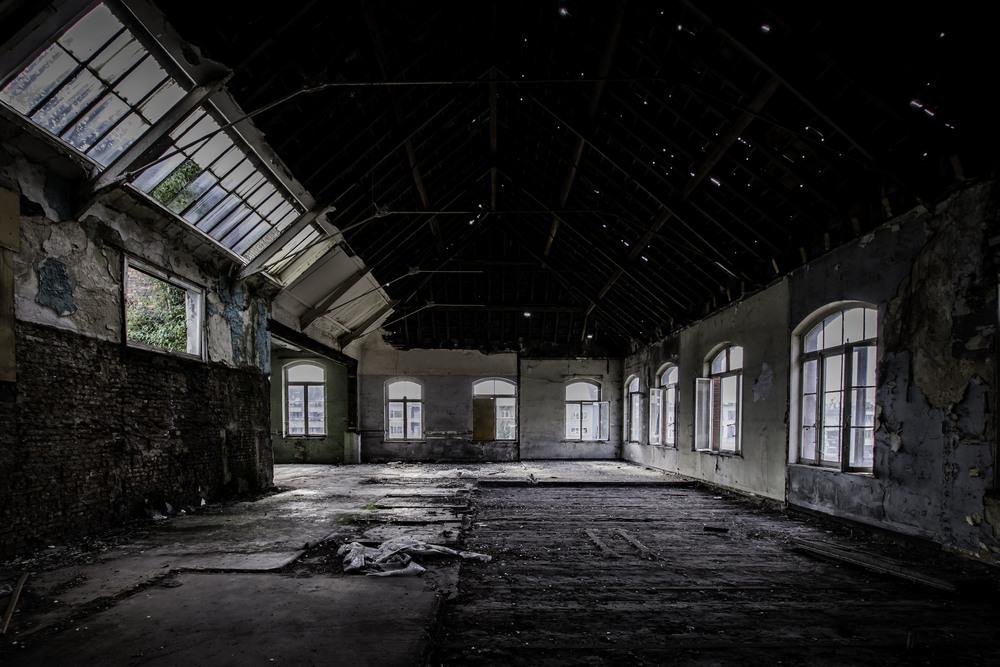 viewfinder-eigenzinnige-fotografie-urbex-vergane-glorie-oude-papierfabriek-seminariezaal-rechts