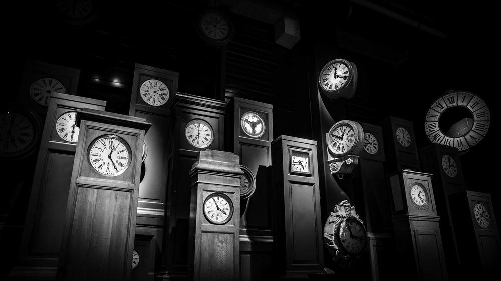 viewfinder-film-noire-fotografie-train-world-schaarbeek-uurwerken