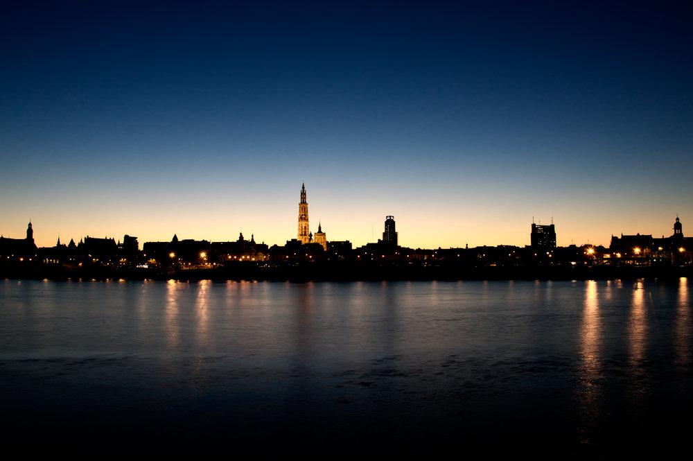 Antwerpen bij zonsopgang