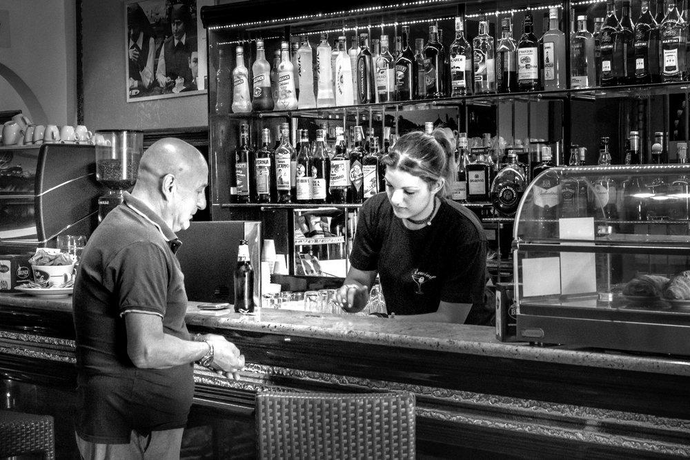 viewfinder-straatfotografie-oude-mannen-in-Collevecchio-7.jpg
