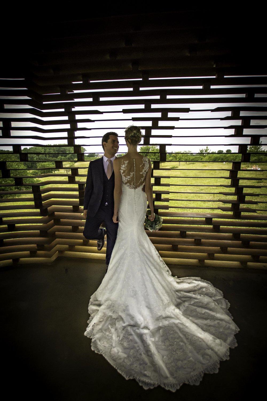 Het doorkijkkerkje in Borgloon is een originele locatie voor jouw huwelijksreportage.