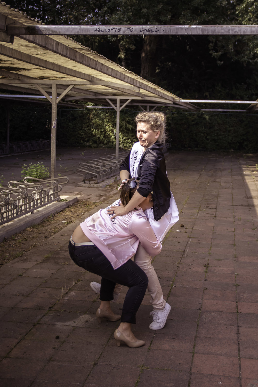 viewfinder-creativeboody-fotoshoot-vrijgezellen-eveline-thema-grease-39.jpg
