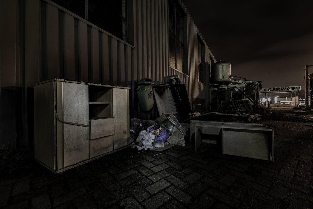 viewfinder-creativeboody-sven-van-santvliet-urbexfotografie-antwerpen-nachtfotografie-avondfotografie-verlaten-gebouwen-1