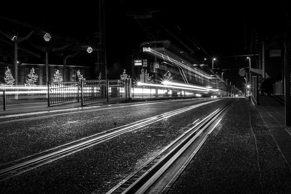 viewfinder-creativeboody-sven-van-santvliet-avondfotografie-station-mortsel-long-exposure-12.jpg