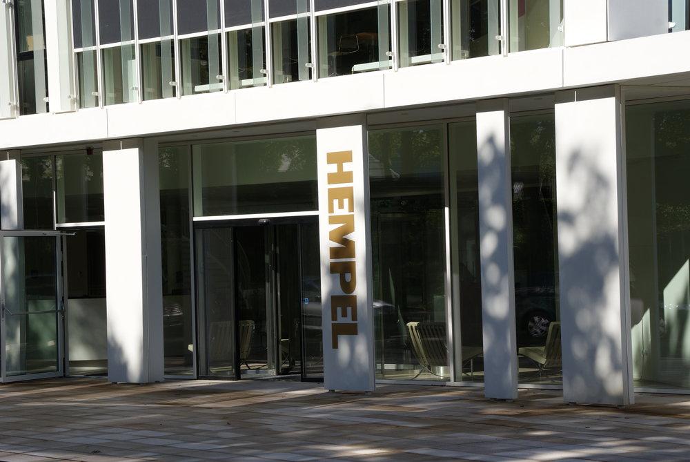 Hempel  Der bygges nyt domicil til Hempel A/S i Lyngby, og i den forbindelse renoveres og omstruktureres hovedparten af udearealerne.   Læs mere →