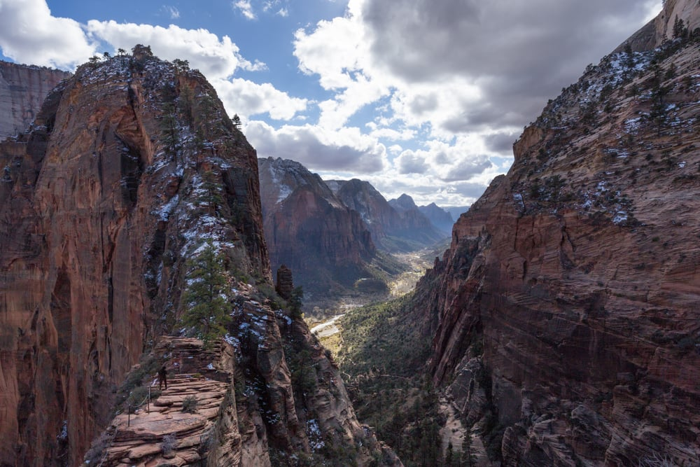 Angels Landing viewed from Scout's Lookout