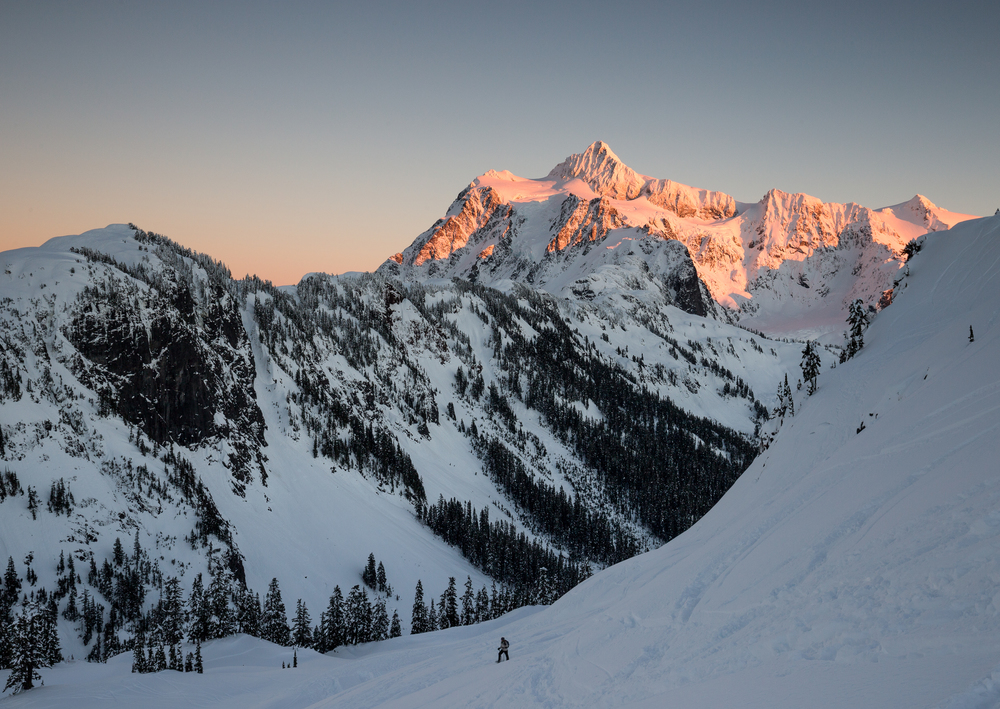 the national parks girl_mt baker_winter hike_snowshoe_north cascades_mt shuskan_alpenglow.JPG