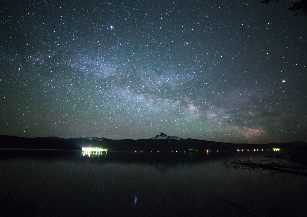 the national parks girl_mt thielsen_thielsen view campground_milky way_long exposure_night photography_canon6d.JPG