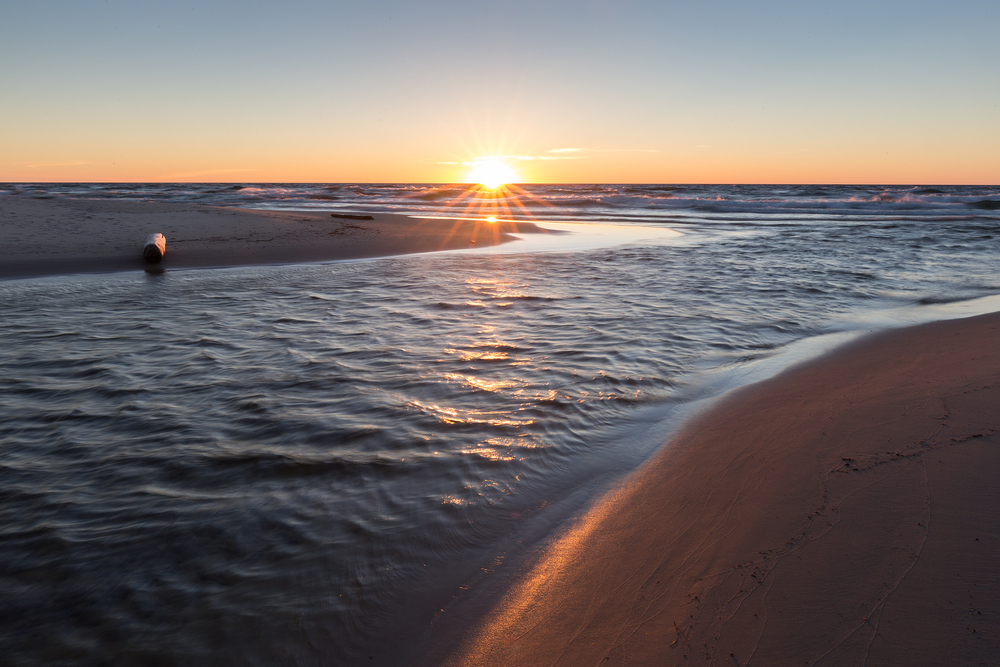 the national parks girl_pictured rocks national lakeshore_chapel loop_beaver creek_canon6d-30.jpg