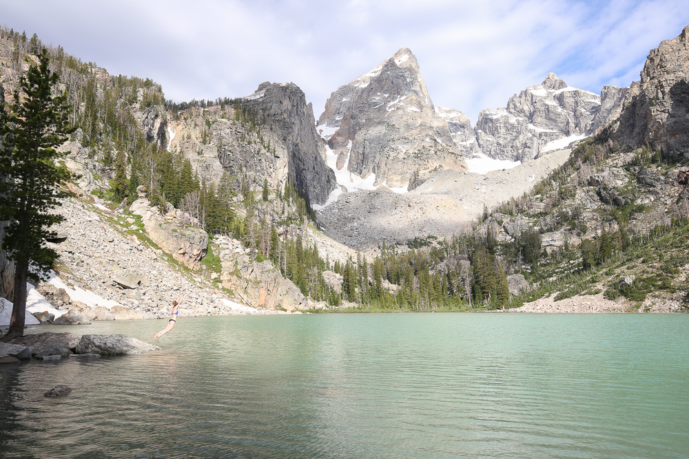 backpacking to surprise amphitheater and delta lakes in grand